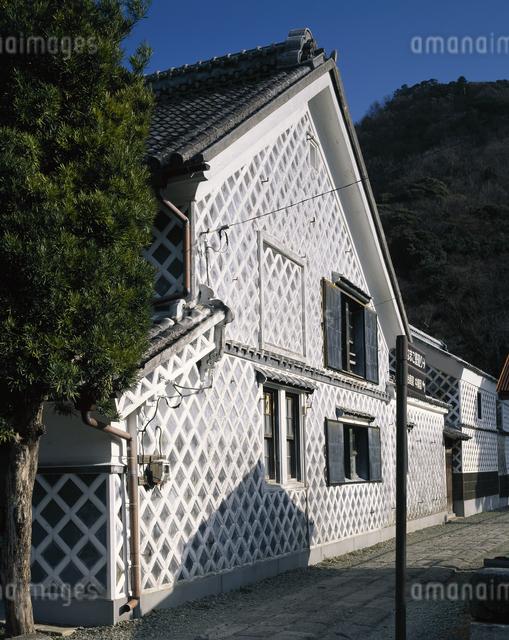 なまこ壁の家(近藤家)の写真素材 [FYI04136346]