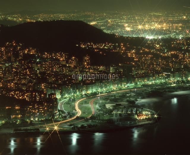 リオ市街 夜景の写真素材 [FYI04136517]