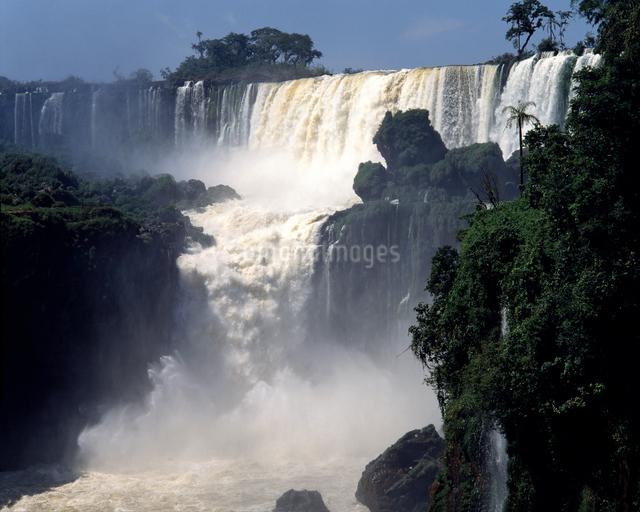 イグアスの滝の写真素材 [FYI04136535]