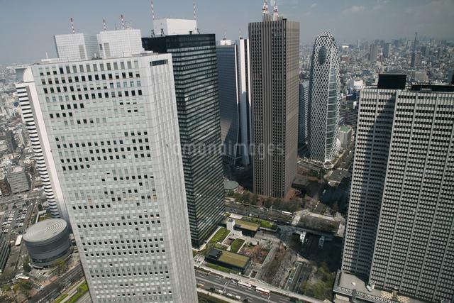 西新宿の高層ビル群の写真素材 [FYI04136805]
