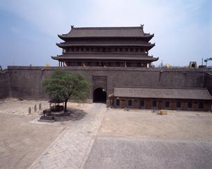 西安城壁西門(安定門)の写真素材 [FYI04137070]