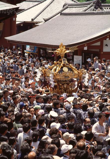三社祭の写真素材 [FYI04137212]