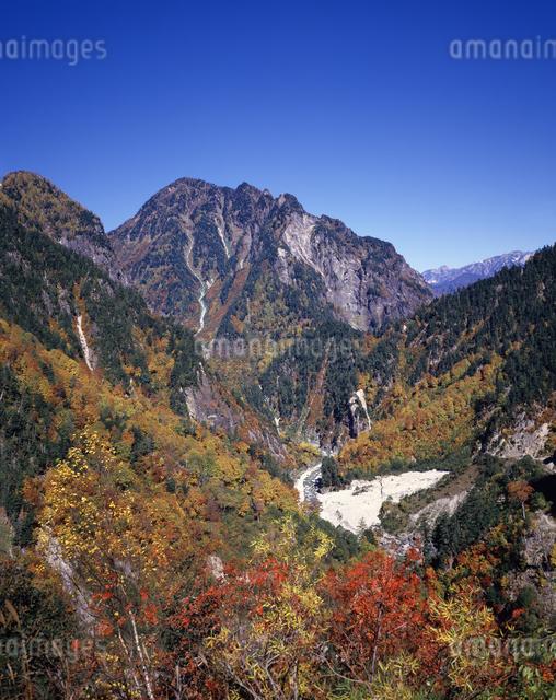 黒部別山の秋の写真素材 [FYI04137336]