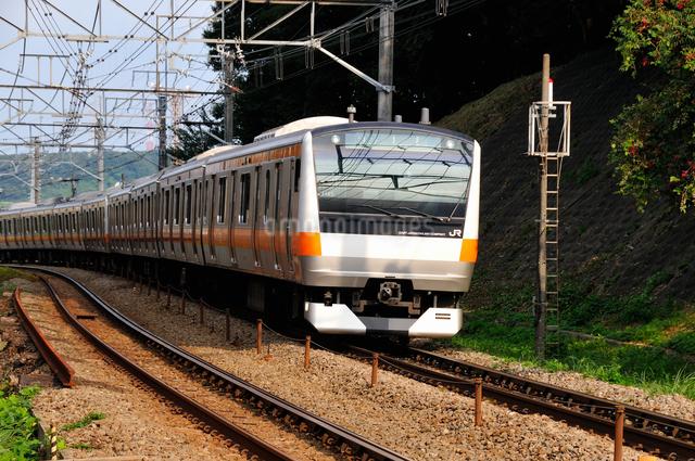 JR中央線E233系の写真素材 [FYI04137596]