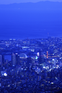 六甲山山頂からの夜景の写真素材 [FYI04144357]
