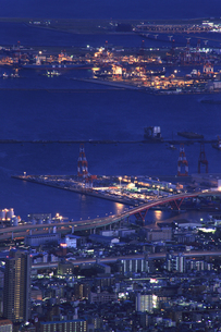 六甲山山頂からの夜景の写真素材 [FYI04144358]