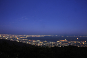 六甲山山頂からの夜景の写真素材 [FYI04144361]