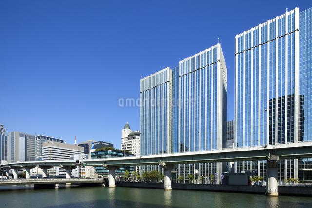 大阪堂島の街並の写真素材 [FYI04144810]