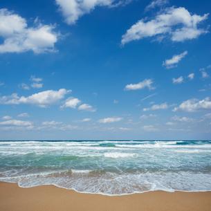 海と空と雲の写真素材 [FYI04145267]
