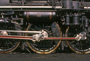 梅小路蒸気機関車館の写真素材 [FYI04146120]