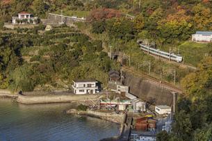 日本の鉄道、紀勢本線、特急くろしお号の写真素材 [FYI04152740]