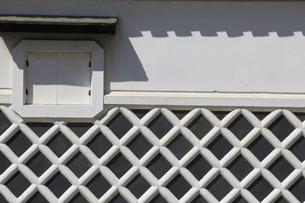 なまこ壁の蔵の写真素材 [FYI04156027]