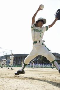 少年野球ピッチャーの写真素材 [FYI04158611]