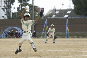 少年野球ピッチャーの写真素材 [FYI04158668]