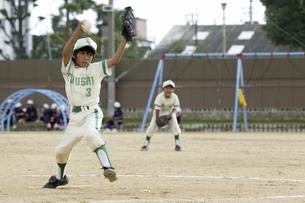 少年野球ピッチャーの写真素材 [FYI04158669]