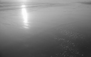 晩秋の海の写真素材 [FYI04161009]