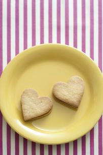 ハート型のクッキーの写真素材 [FYI04162332]