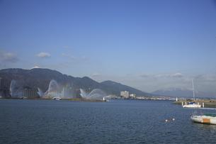 琵琶湖花噴水の写真素材 [FYI04163073]