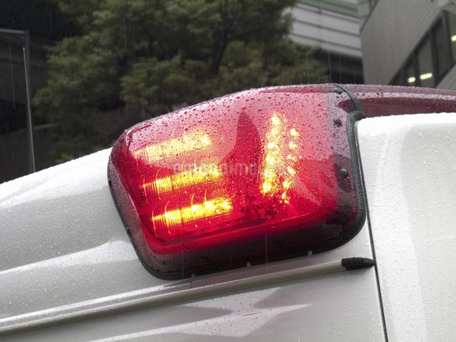 救急車の赤色灯の写真素材 [FYI04164494]