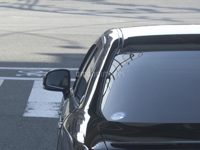 乗用車のサイドミラーの写真素材 [FYI04165362]