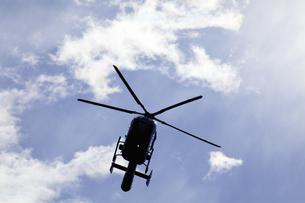 ジェットヘリのシルエットの写真素材 [FYI04165451]