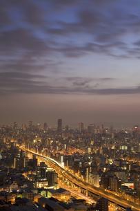 大阪西区と中央区の夜明けの写真素材 [FYI04171396]