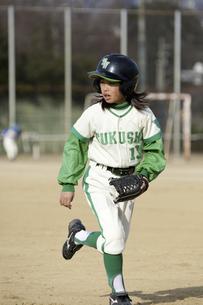 野球少女の写真素材 [FYI04171430]