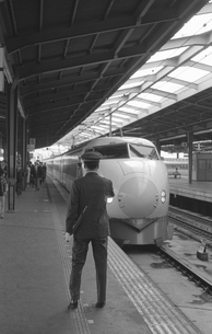 国鉄 新大阪駅の写真素材 [FYI04172533]