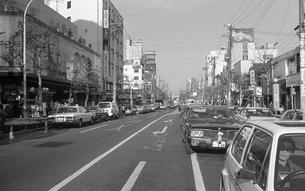 原宿・正月で渋滞する明治通りの写真素材 [FYI04172756]