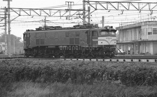 鉄道 国鉄・東北本線 東大宮機関車区 EF58電気機関車の写真素材 [FYI04172881]