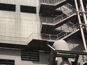 工場の非常階段の写真素材 [FYI04176526]