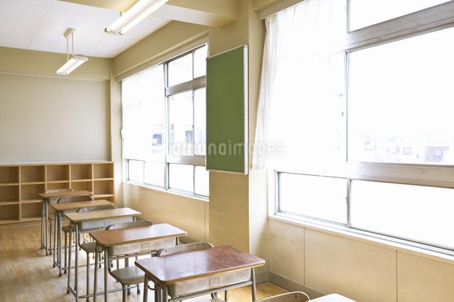 教室の写真素材 [FYI04179455]