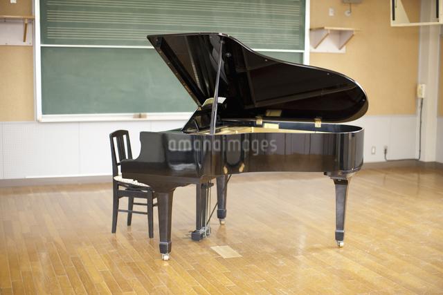 グランドピアノの写真素材 [FYI04179649]