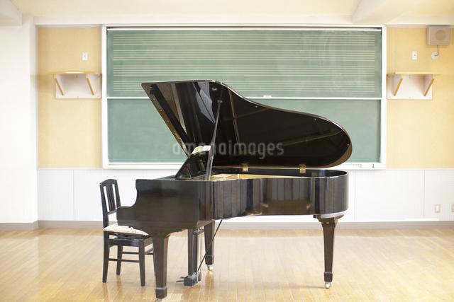 音楽室の写真素材 [FYI04179656]