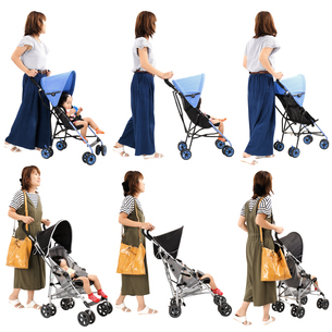 人物切り抜き添景素材 女性母親子供幼児女の子 ベビーカー 白バックの写真素材 [FYI04180520]