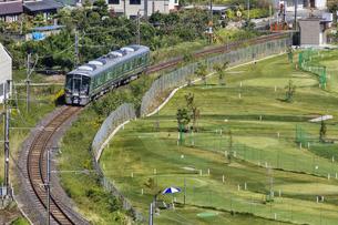 日本の鉄道、和歌山線227系の写真素材 [FYI04181190]