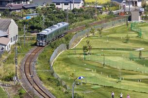 日本の鉄道、和歌山線227系の写真素材 [FYI04181197]