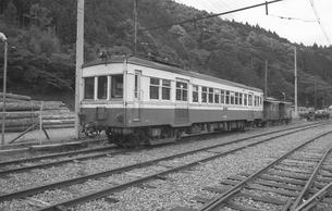鉄道 私鉄・大井川鉄道モハ300形電車の写真素材 [FYI04183957]