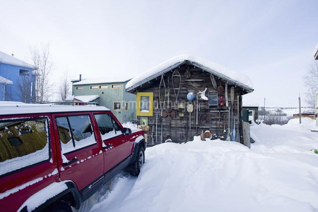 雪原の小屋の写真素材 [FYI04185120]