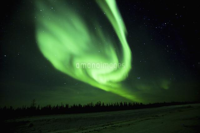 カナダイエローナイフのオーロラの写真素材 [FYI04185134]