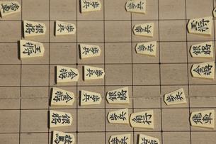 将棋をさすの写真素材 [FYI04190180]