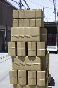 出荷前の段ボール箱の写真素材 [FYI04191303]