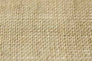 麻の布のランチョンマットの写真素材 [FYI04191616]