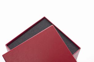 赤いギフトボックスの写真素材 [FYI04191719]