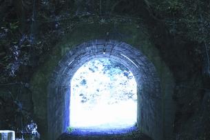 トンネルの写真素材 [FYI04194456]