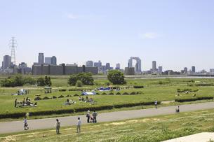 河川敷公園の写真素材 [FYI04194737]