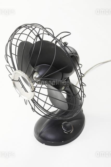 古い扇風機の写真素材 [FYI04195050]