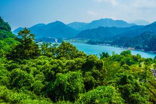 宮ヶ瀬ダム(神奈川県)の写真素材 [FYI04201119]