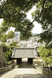 御袖天満宮の石段の写真素材 [FYI04201390]