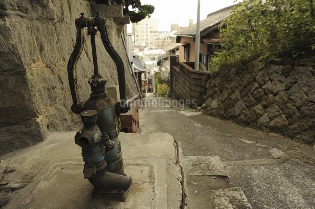 古井戸の写真素材 [FYI04201902]
